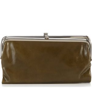 NWT Hobo Lauren Wallet in Mistletoe